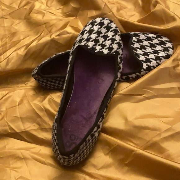 SO Shoes - Houndstooth flats